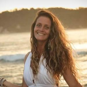 Marta Buchweitz - Coletivo Flor da Vida