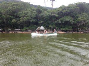 De Canoa na Lagoa do Peri
