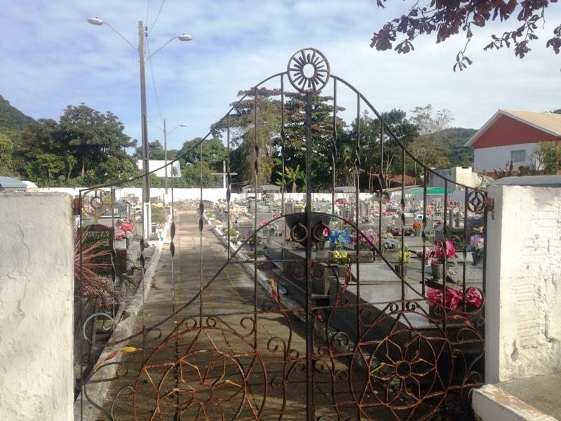 Cemitério Municipal da Armação
