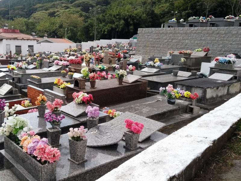 Cemitério Ribeirão da Ilha