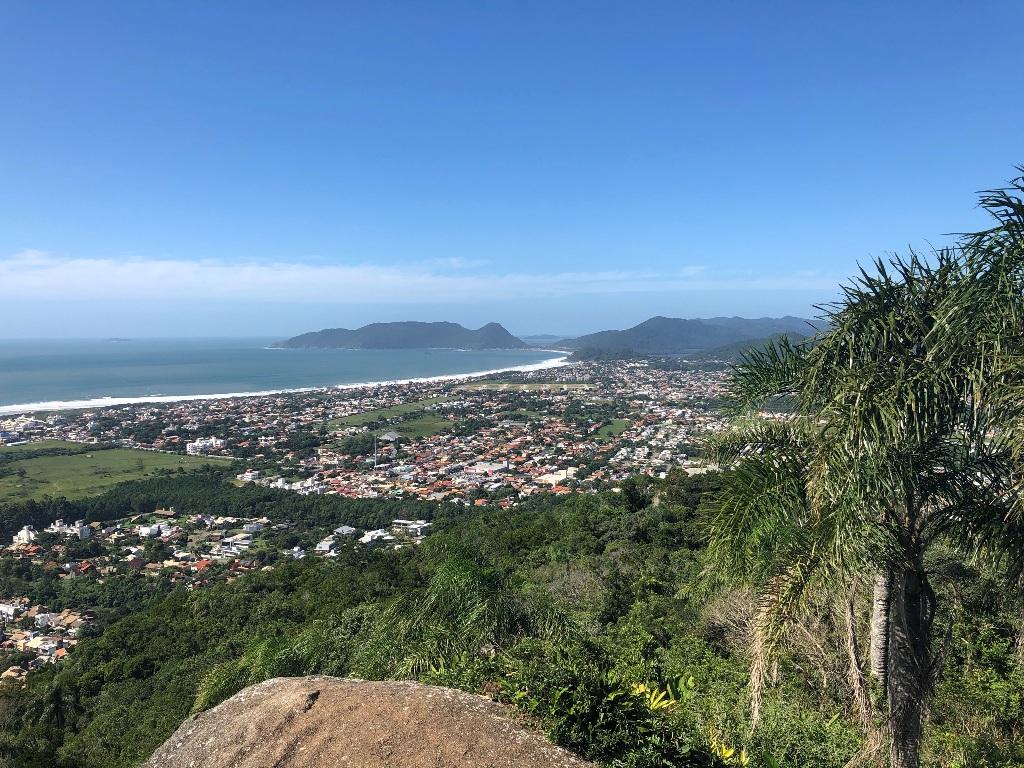 Vista para o sudeste: Campeche, Morro das Pedras, Armação, Matadeiro