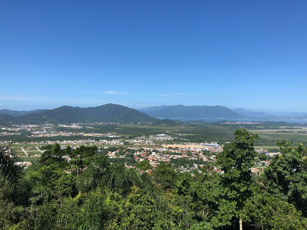 Vista para sudoeste: Campeche Central, Ribeirão e Tapera