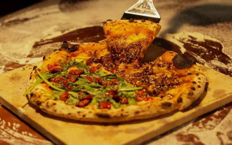 Que tal experimentar uma pizza especial? 1